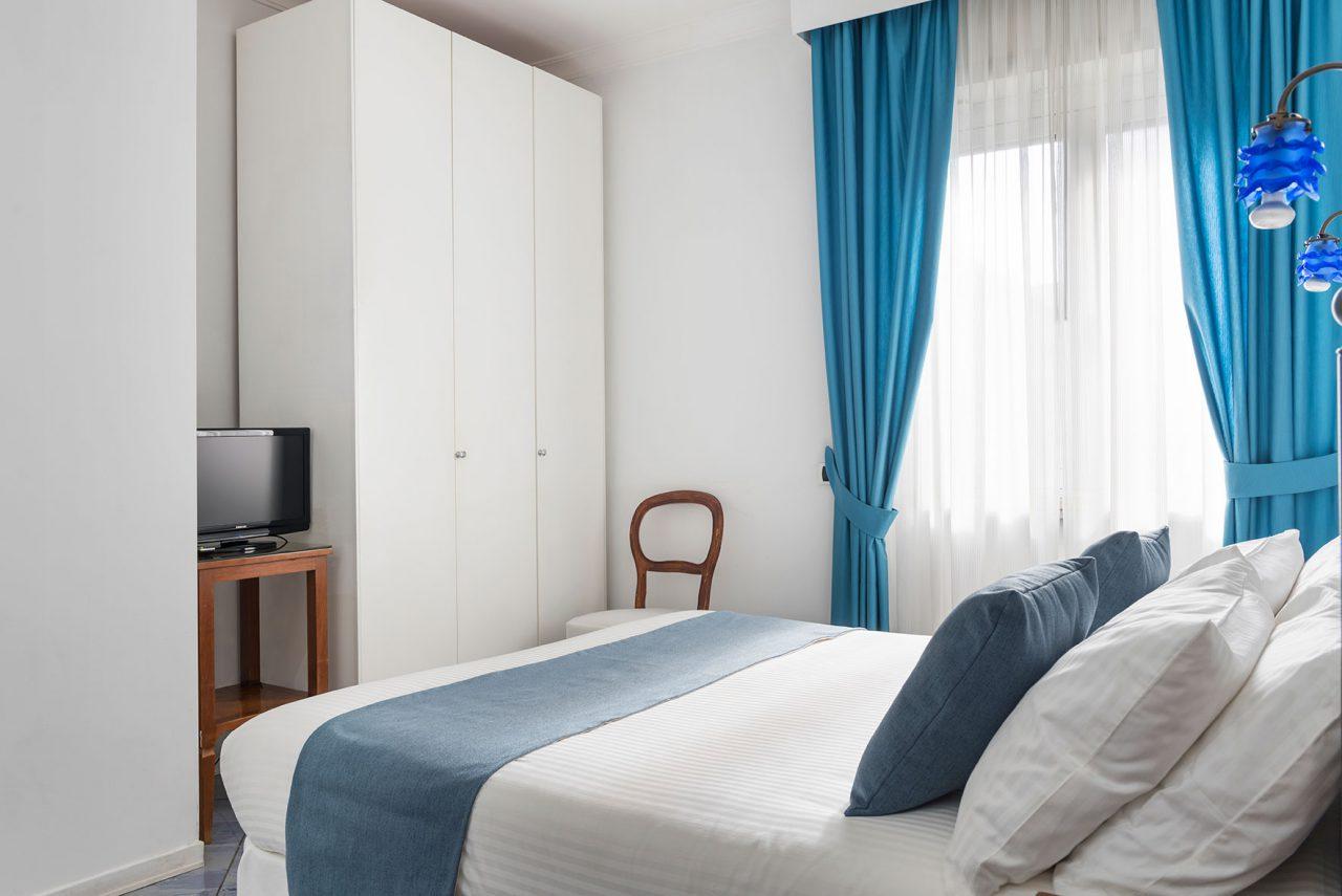 camere-classic-fiorentini-residence-napoli-10