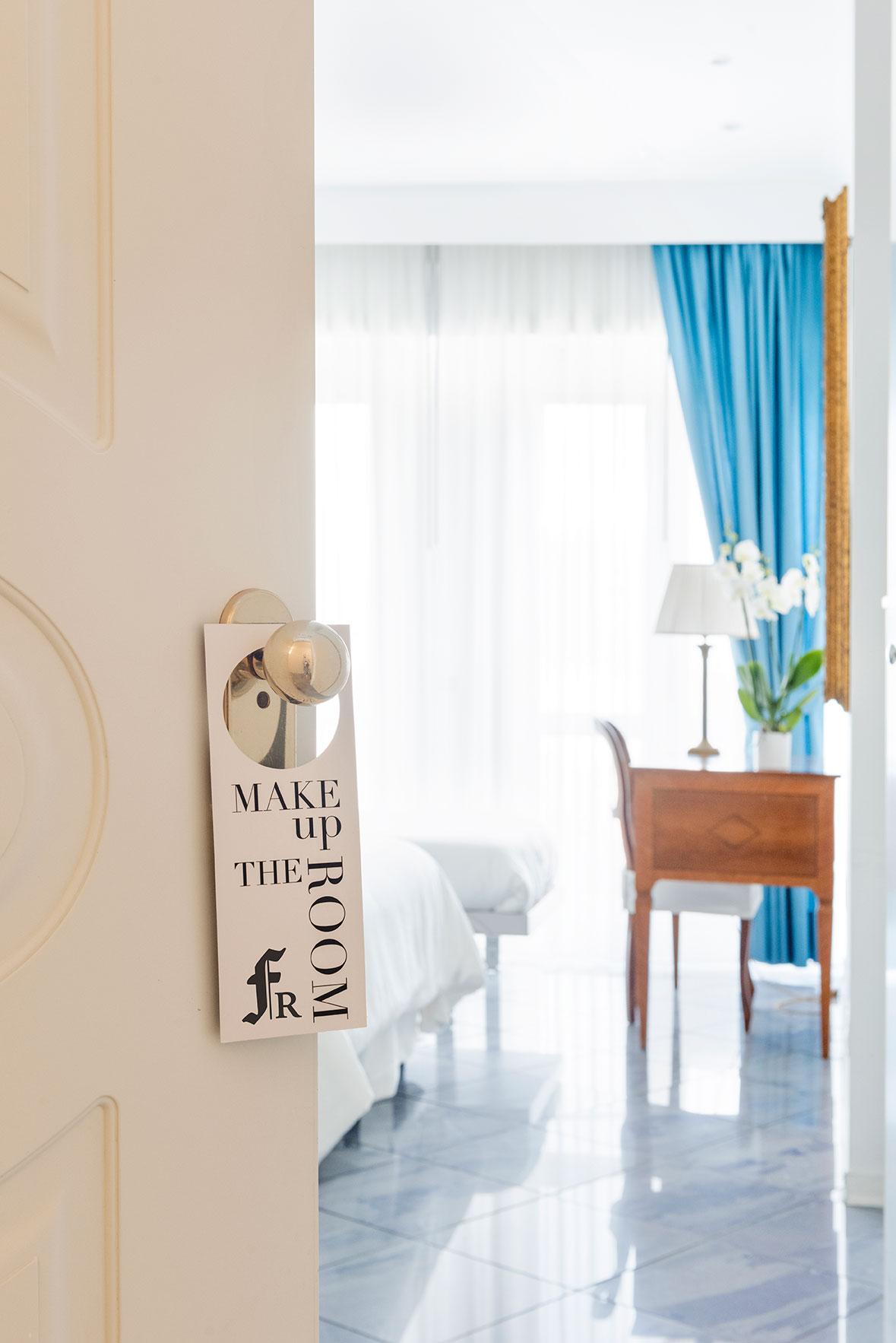 camere-classic-fiorentini-residence-napoli-2