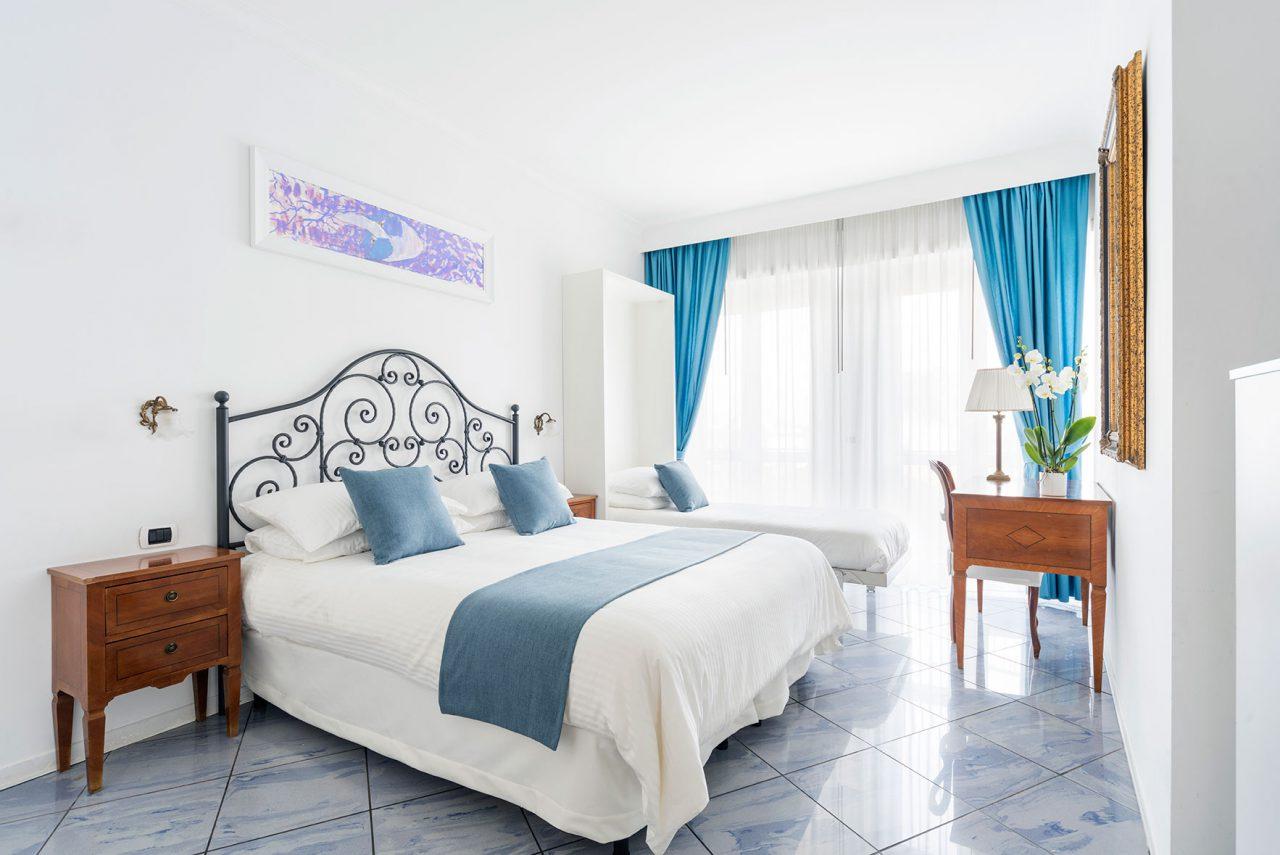 camere-classic-fiorentini-residence-napoli-3