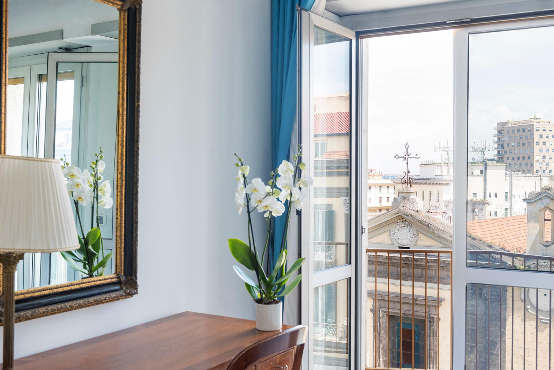 camere-classic-fiorentini-residence-napoli-5