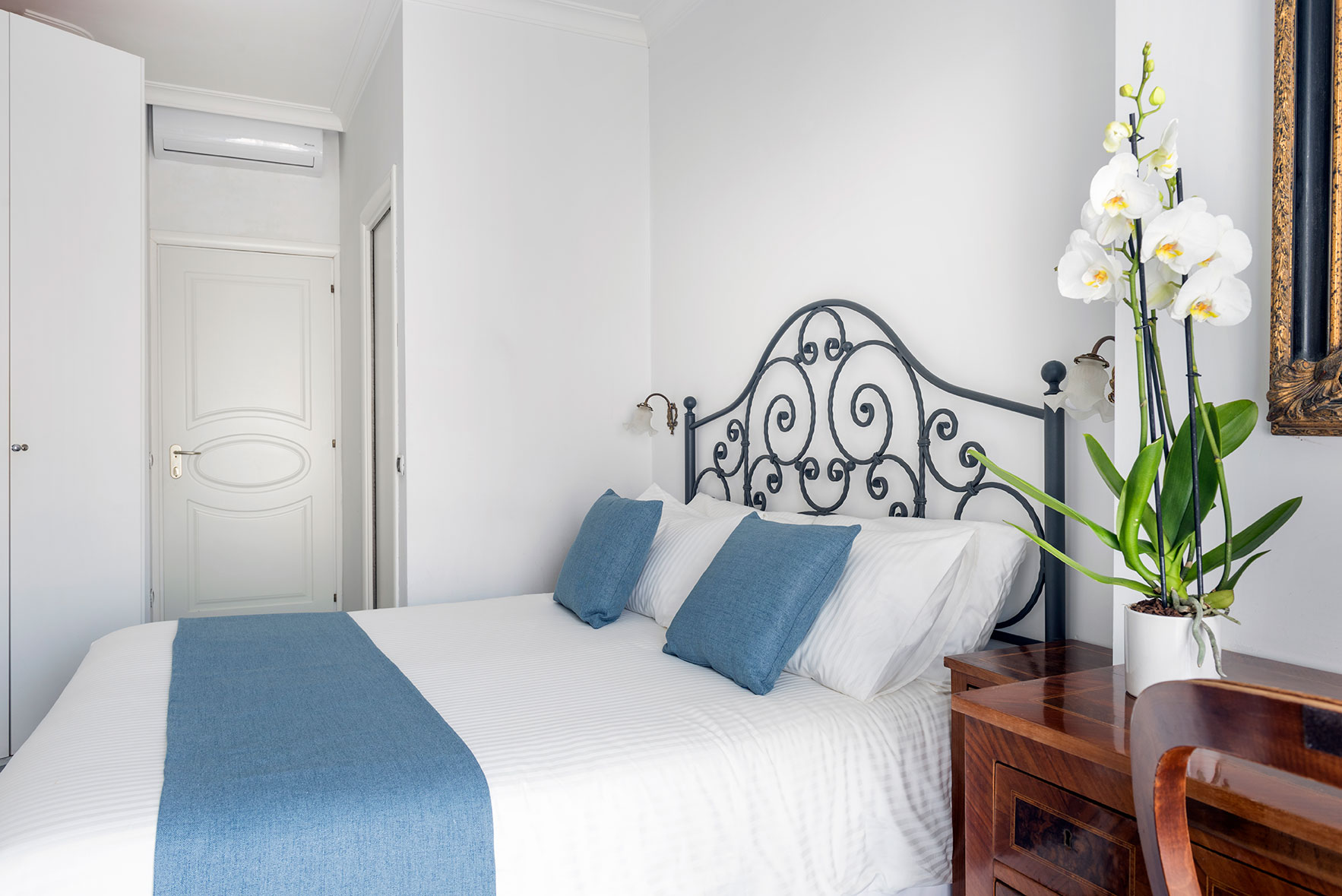 camere-standard-fiorentini-residence-napoli-6
