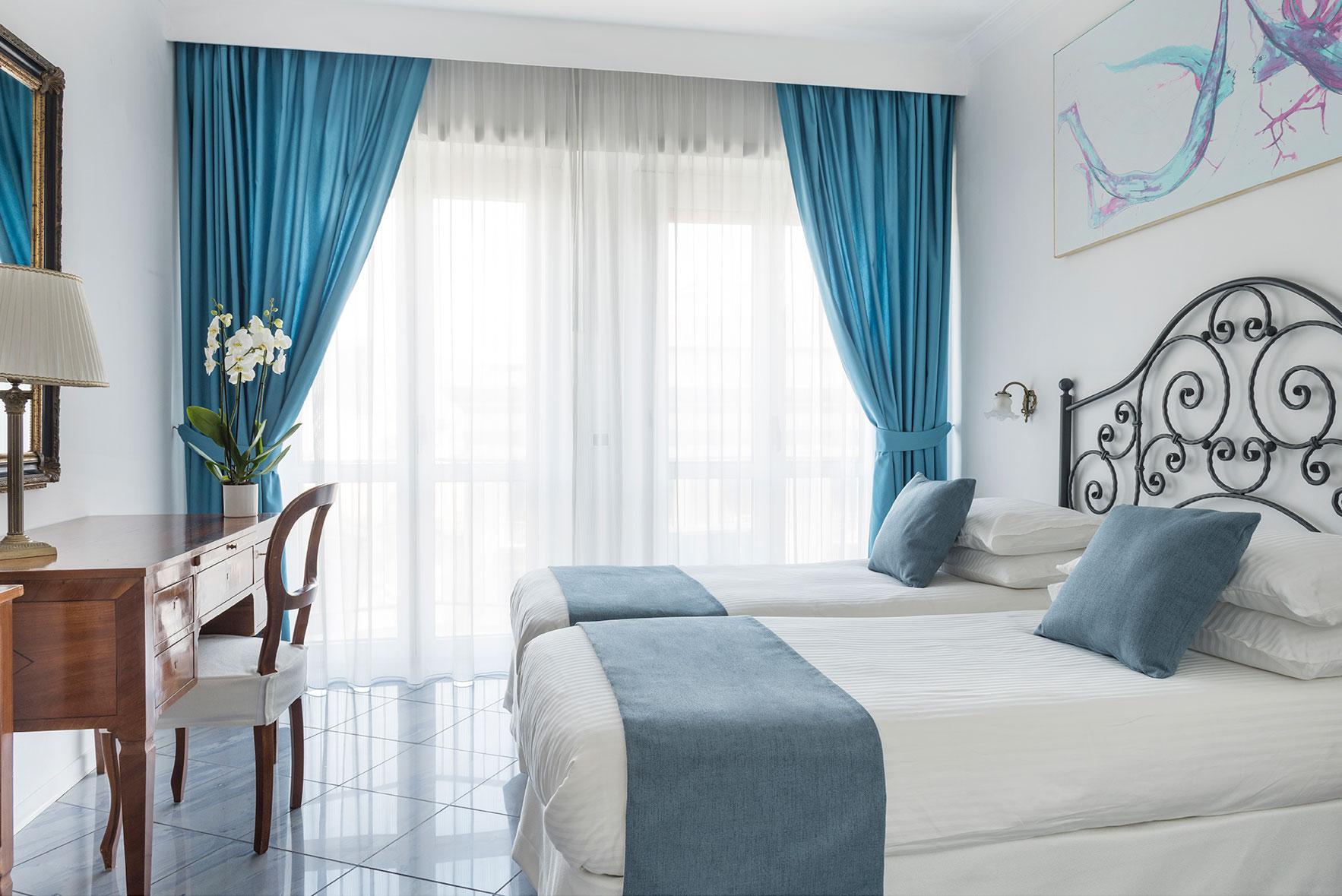 camere-superior-fiorentini-residence-napoli-7