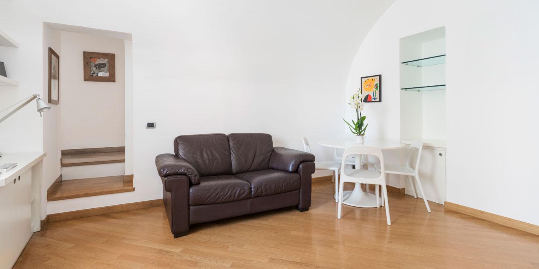 intro-appartamento-deluxe-fiorentini-residence-napoli